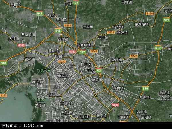 北倚长江,南濒太湖,东接苏州,西连常州,京杭大运河从中穿过;运河绝版